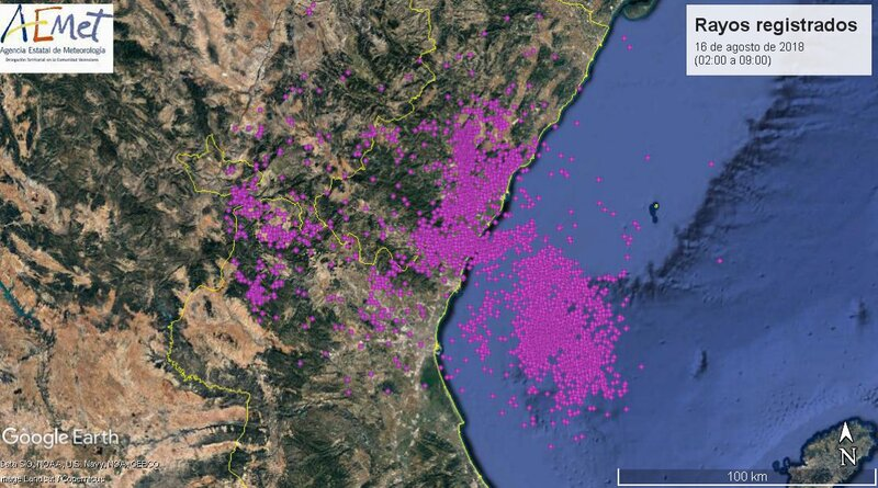 More than 7,000 lightning strikes in the Valencia region